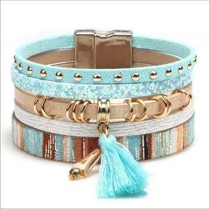 *NEW* Bohemian Leather Rivet Tassel  Bracelet